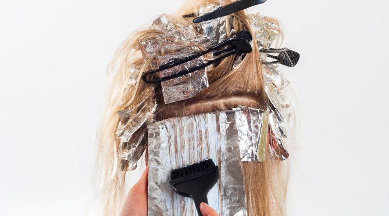 Henna naturalnym sposobem na farbowanie włosów